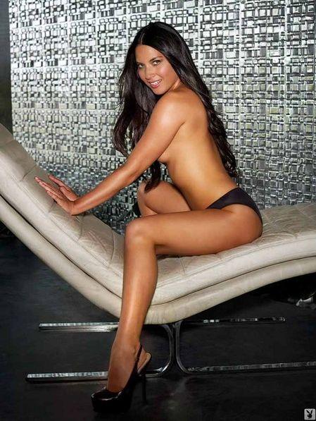 Olivia Munn posa per Playboy