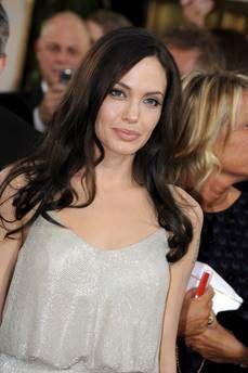 Hollywood/ E' la Jolie la più amata e ricca!