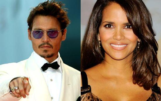 Johnny Depp e Halle Berry - Secondo la rivista America's Parade sono loro le star più sexy del momento: lei è bella come il sole, lui tenebroso come la luna...